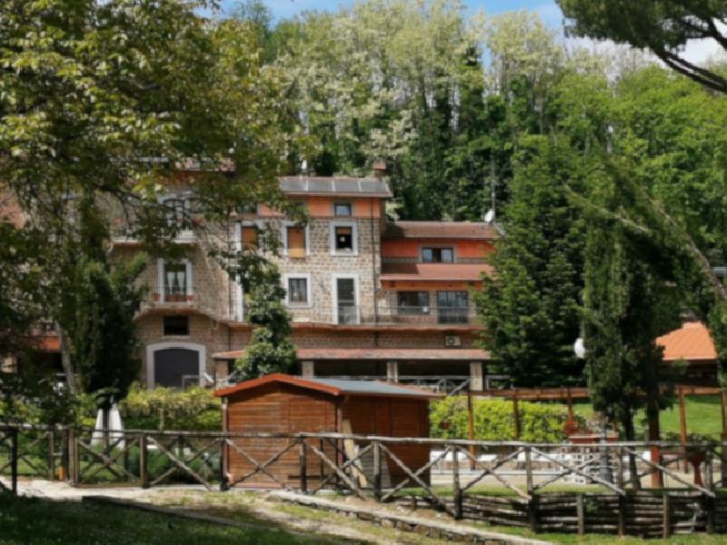 https://www.lacicala.org/immagini_news/01-08-2019/estate-natura-e-scrittura-questi-i-compiti-per-le-vacanze-di-caffe-corretto-600.png