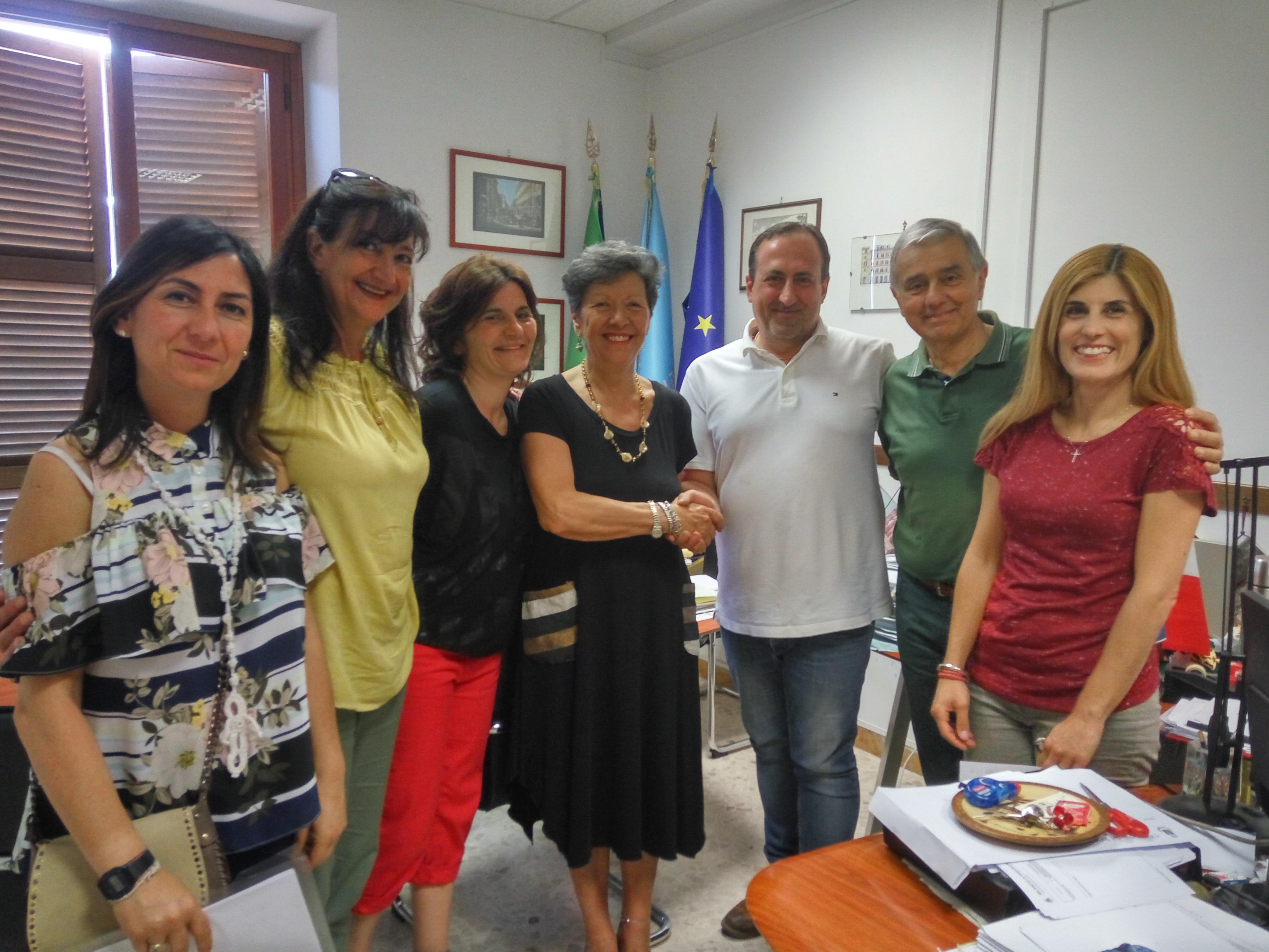 https://www.lacicala.org/immagini_news/02-07-2018/1530549398-93-.jpg