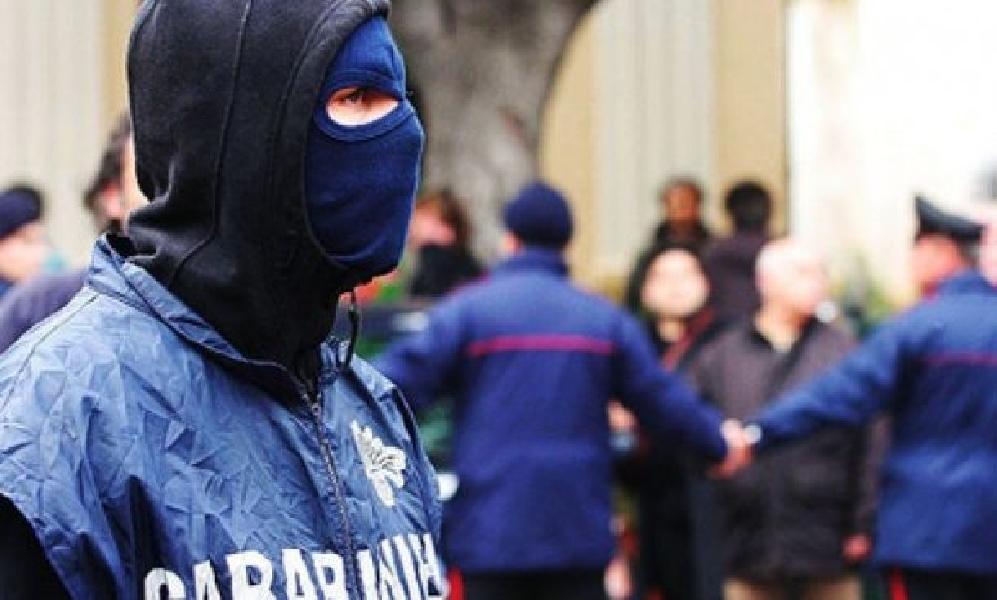 https://www.lacicala.org/immagini_news/05-06-2019/duro-colpo-al-clan-fragala-arresti-tra-pomezia-ardea-e-torvaianica-600.jpg