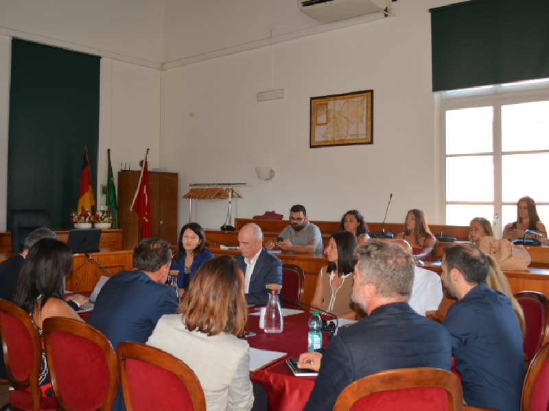 https://www.lacicala.org/immagini_news/07-08-2019/a-pomezia-un-incontro-sul-piano-di-marketing-strategico-territoriale-per-il-turismo-600.png