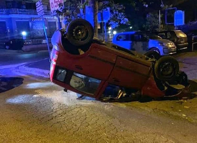 https://www.lacicala.org/immagini_news/12-06-2019/si-ribalta-con-lauto-ad-albano-era-ubriaco-600.jpg