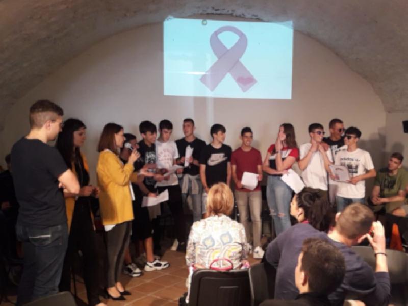 https://www.lacicala.org/immagini_news/13-06-2019/mille-colori-della-prevenzione-ampia-partecipazione-giovanile-600.png