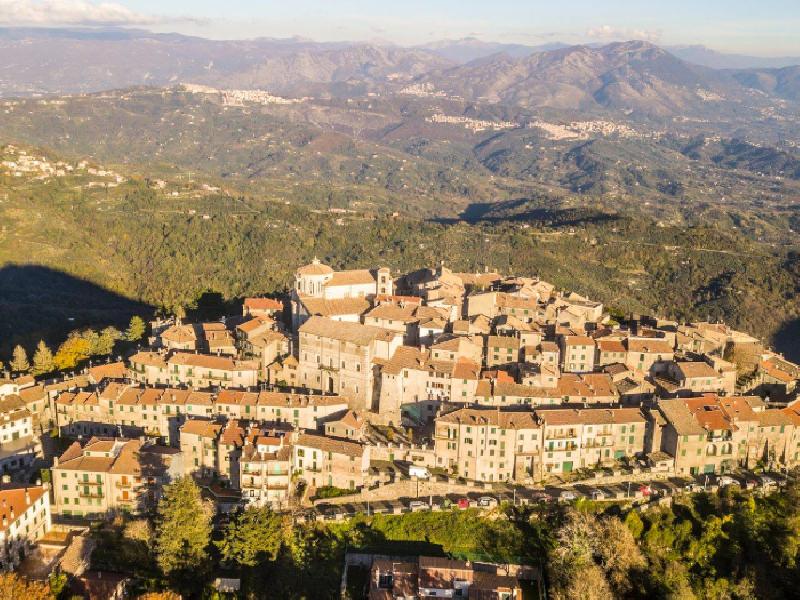 https://www.lacicala.org/immagini_news/13-08-2019/piazza-e-cantine-litinerario-gastronomico-sotto-le-stelle-di-capranica-prenestina-600.png