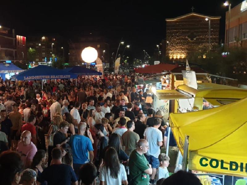 https://www.lacicala.org/immagini_news/14-09-2019/un-successo-gli-eventi-a-pomezia-e-torvaianica-agosto-si-chiude-con-la-prima-notte-bianca-in-riva-al-mare-600.png