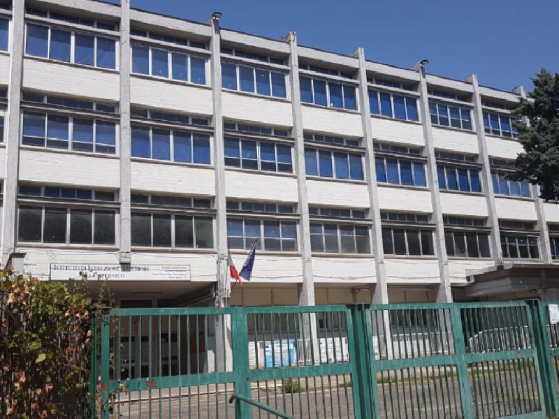 https://www.lacicala.org/immagini_news/19-08-2019/pomezia-scuola-copernico-al-via-primi-interventi-di-ristrutturazione-600.png