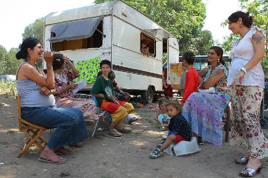 https://www.lacicala.org/immagini_news/20-06-2019/roma-reddito-di-600--anche-ai-rom-lultima-proposta-del-m5s-600.jpg