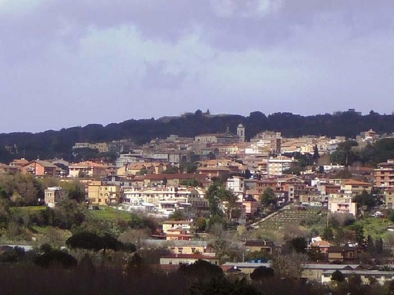 https://www.lacicala.org/immagini_news/21-05-2019/albano-laziale-approvato-bilancio-cala-tari-milioni-opere-pubbliche-600.jpg