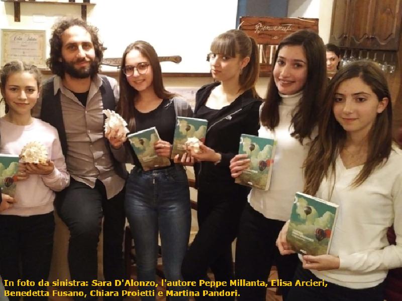 https://www.lacicala.org/immagini_news/21-05-2019/divertimento-sold-grazie-vinpeel-orizzonti-peppe-millanta-600.png