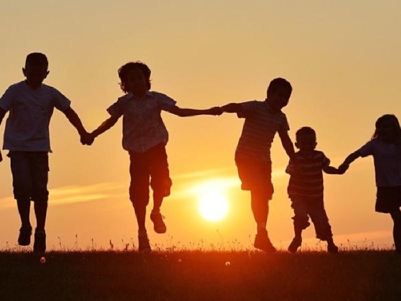 https://www.lacicala.org/immagini_news/21-05-2019/frascati-citta-amica-bambini-ladesione-programma-unicef-600.png