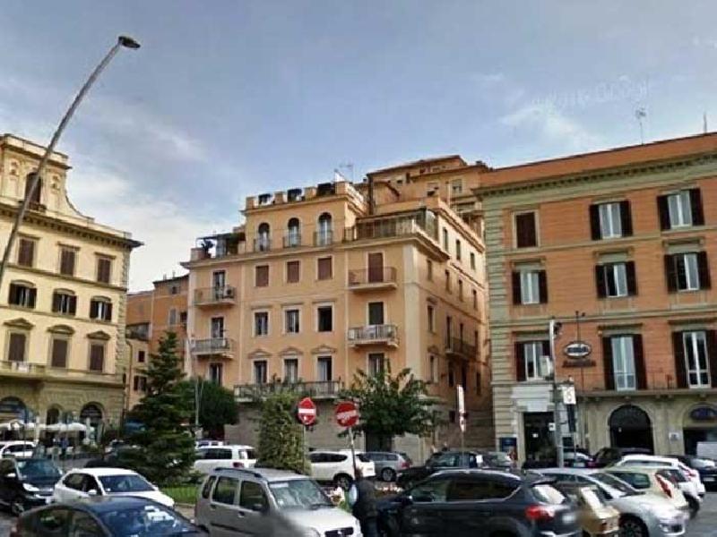 https://www.lacicala.org/immagini_news/21-05-2019/frascati-lordinanza-con-le-limitazioni-alla-viabilita-cittadina-in-occasione-del-giro-ditalia-600.jpg