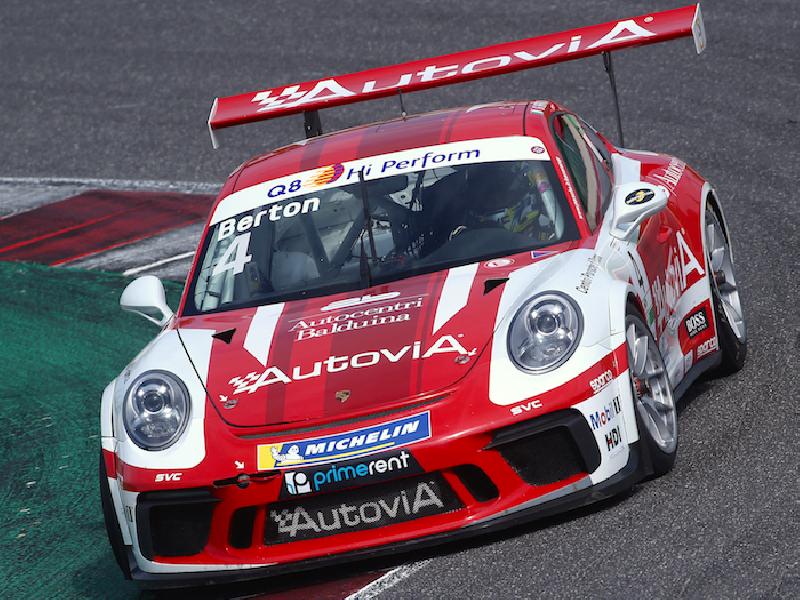 https://www.lacicala.org/immagini_news/22-05-2019/ab-racing-lotta-nella-pioggia-di-misano-in-carrera-cup-italia-600.png