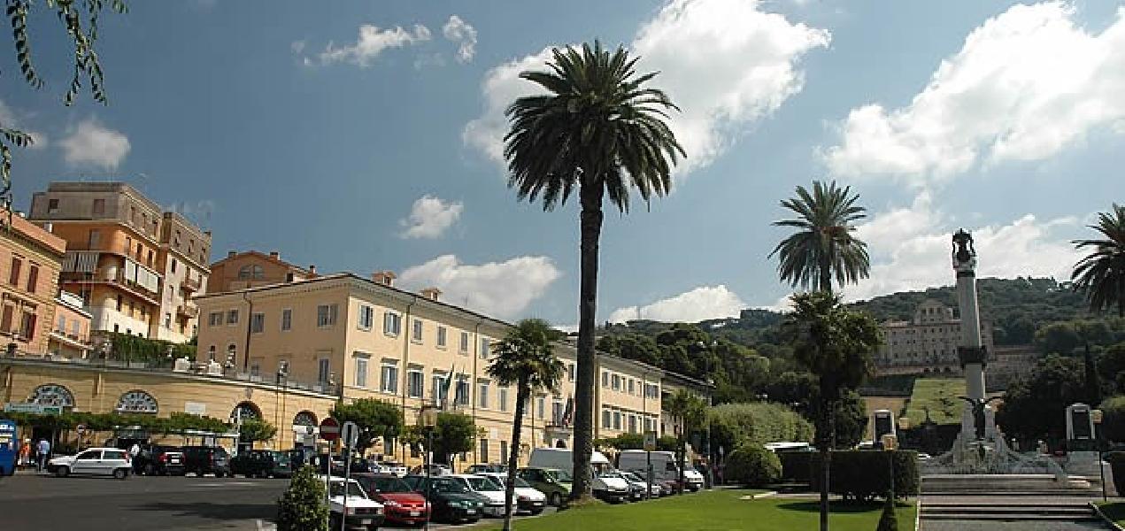 https://www.lacicala.org/immagini_news/22-05-2019/festival-della-psicologia-a-frascati-600.jpg