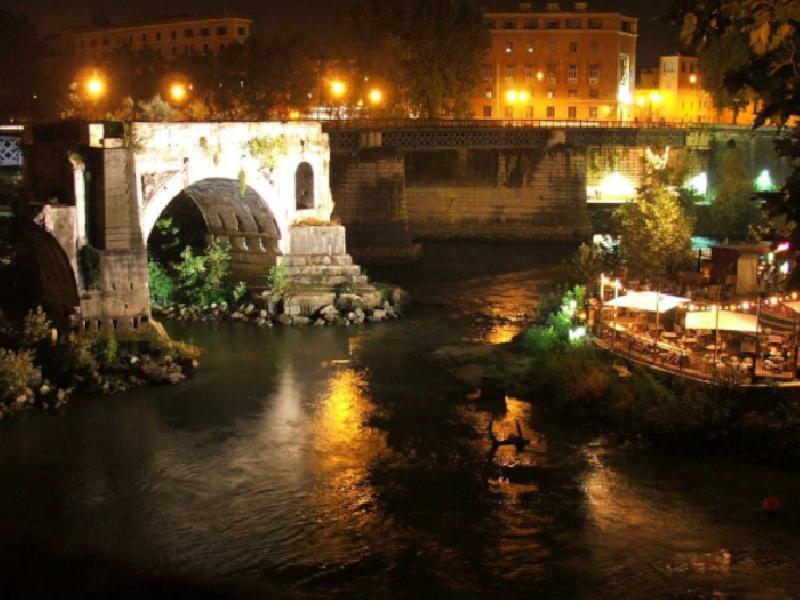 https://www.lacicala.org/immagini_news/22-08-2019/a-lisola-del-cinema-la-notte-delle-stelle-cadenti-600.png
