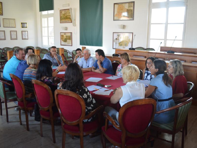 https://www.lacicala.org/immagini_news/22-08-2019/pomezia-tavolo-su-inclusione-sociale-e-sostegno-al-reddito-600.png