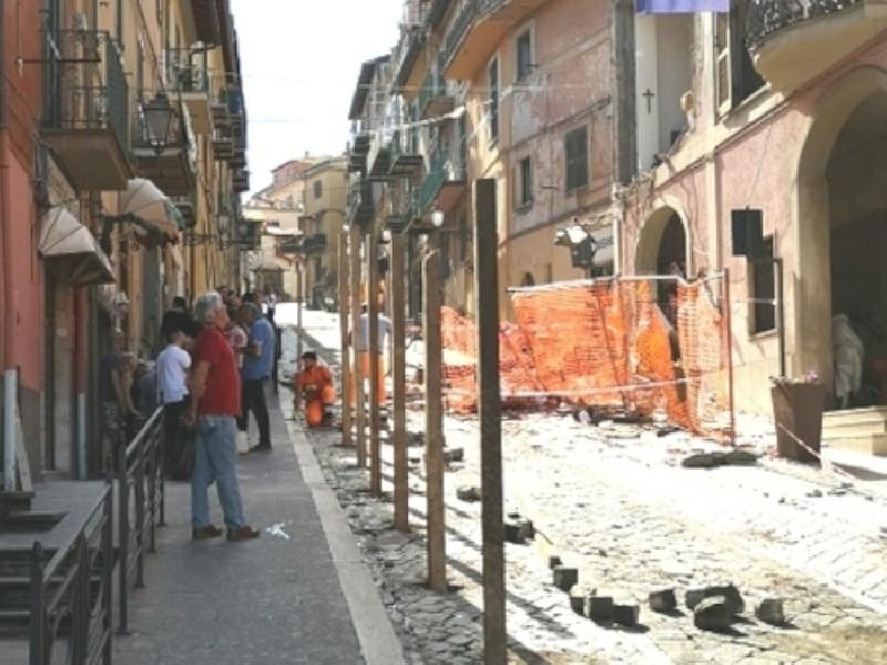 https://www.lacicala.org/immagini_news/25-06-2019/rocca-di-papa-lamministrazione-comunale-la-priorita-e-ripartire-dalla-scuola-600.png