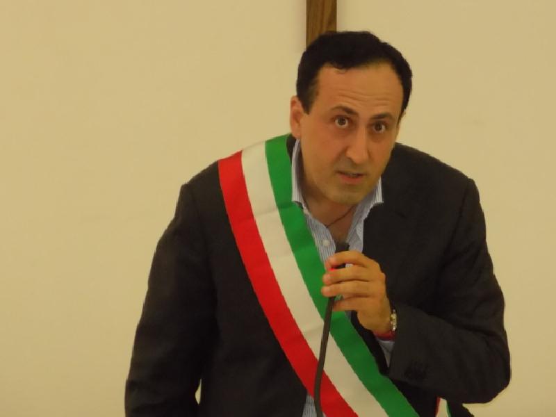 https://www.lacicala.org/immagini_news/26-06-2019/esplosione-di-rocca-di-papa-morto-il-sindaco-crestini-600.png