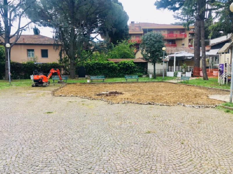 https://www.lacicala.org/immagini_news/28-05-2019/grottaferrata-piazza-de-gasperi-partiti-i-lavori-di-riqualificazione-urbana-600.png
