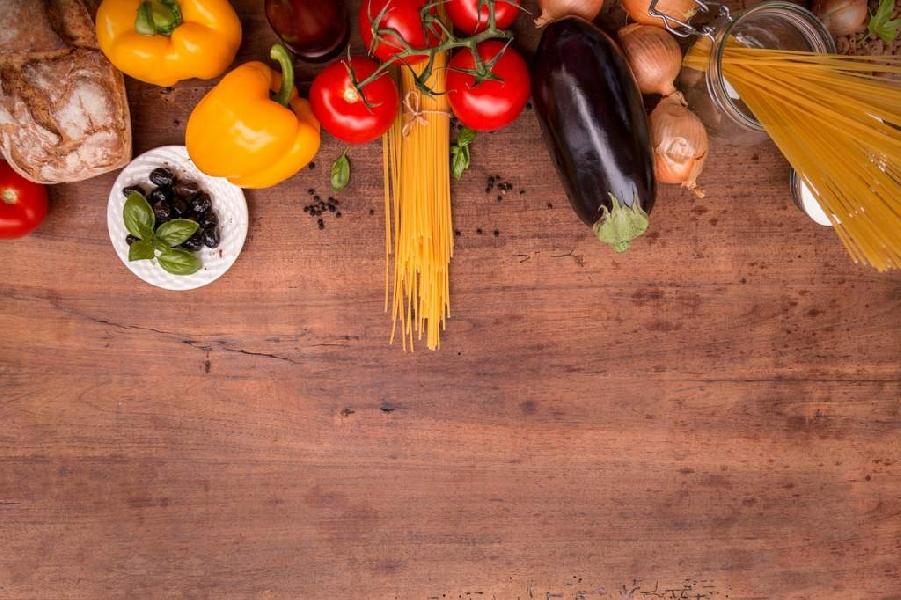 https://www.lacicala.org/immagini_news/31-05-2019/dieta-mediterranea-dimagrire-restando-in-salute--menu-giornaliero-600.jpg